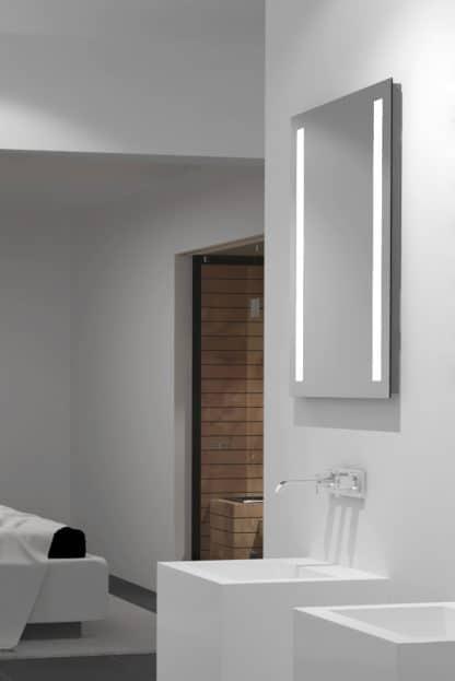 Badspiegel mit Beleuchtung links rechts TALOS LIGHT