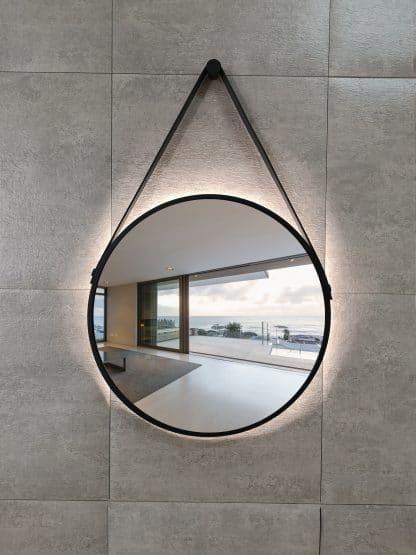 runder LED Wandspiegel in schwarz Talos Black Light Zoom frontal